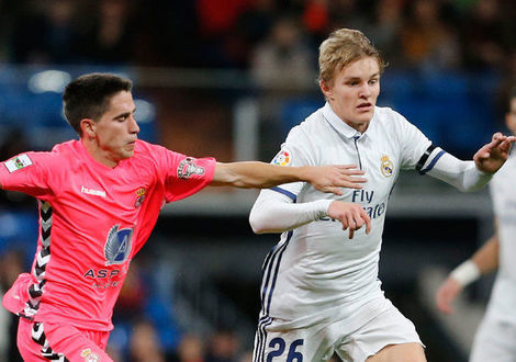 Medium extra large odegaard
