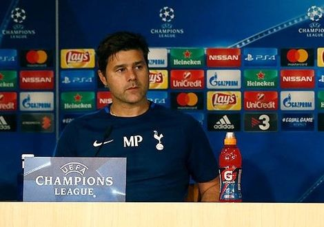 Medium pochettino
